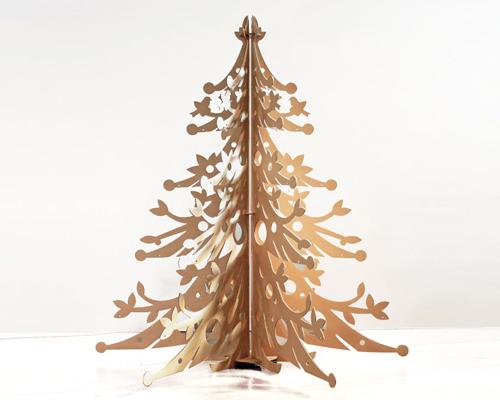 Albero di Natale in legno naturale