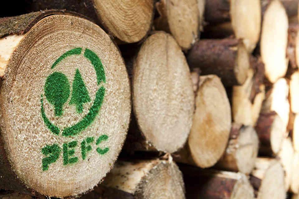 Certificazione PEFC per materiali lignei provenienti da colture sostenibili e rinnovabili